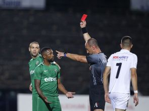 Наказаха съдията, дал червен картон на Сисиньо в мача със Славия