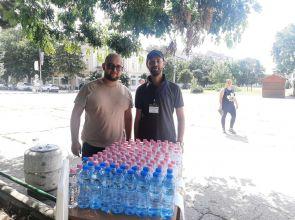 Отново раздават безплатна вода на жителите и гостите на Кубрат заради жегите