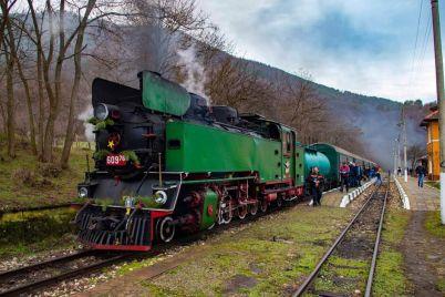 Paren-lokomotiv-609.76.jpg