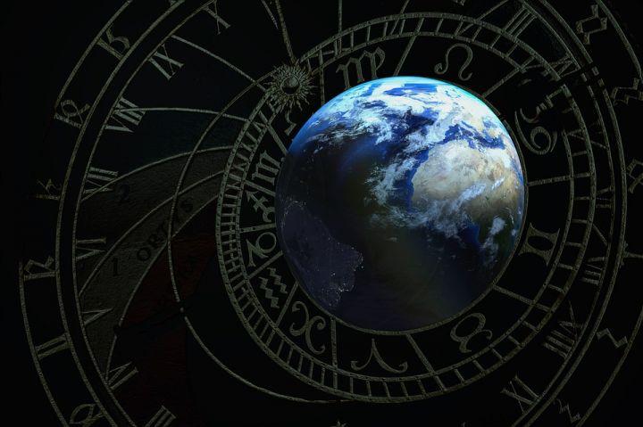acient-planet-1841699_960_720.jpg