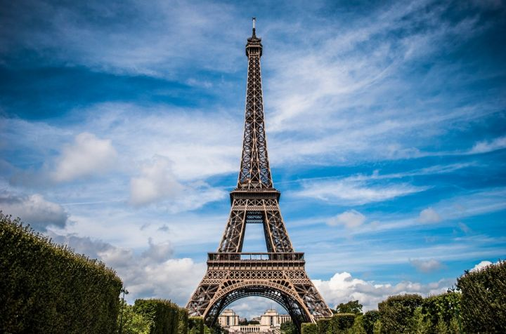 eiffel-tower-975004_960_720.jpg