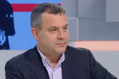 emil-koshlukov-razmaza-leketo-emil-dzhasim-za-koeto-levski-e-layno-i-balgarskata-istoriya-e-lazha-08-03-2017-01-05-49.jpg