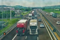 highway-3392100_1920.jpg