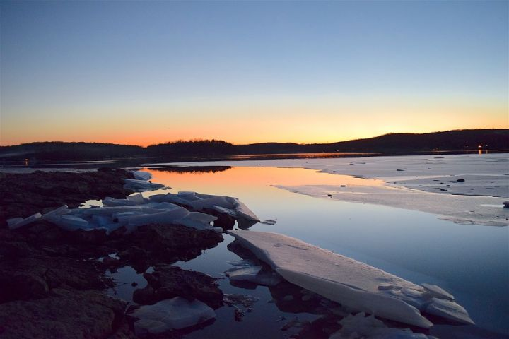 lake-2081698_960_720.jpg