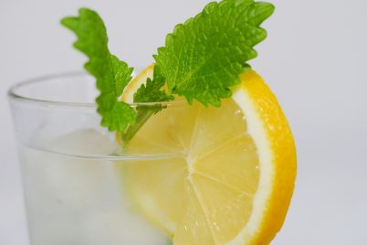 lemon-3071893_1920.jpg