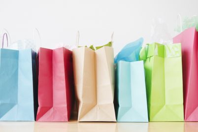 o-shopping-bags-travelabel.jpg