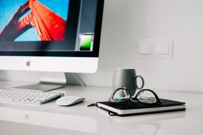 office-820390_1920.jpg