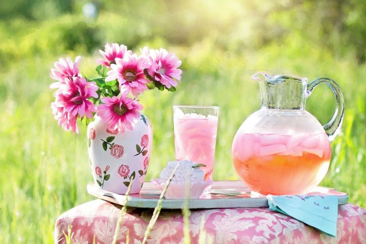 pink-lemonade-795029_1280.jpg