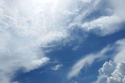sky-1441936_1920.jpg
