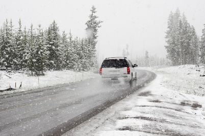 snow-1281636_1920-1.jpg