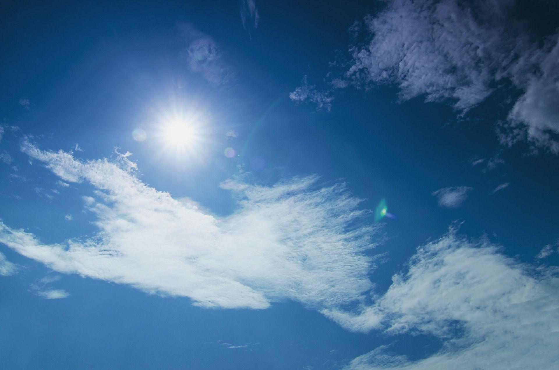 sunlight-422710_1920.jpg