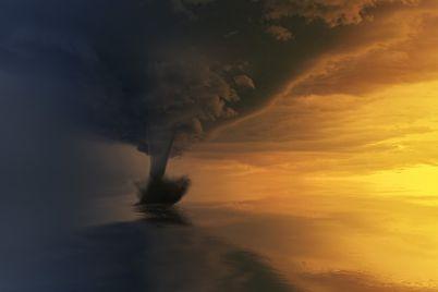 tornado-3189351_960_720.jpg