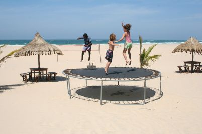 trampoline-241899_1920.jpg