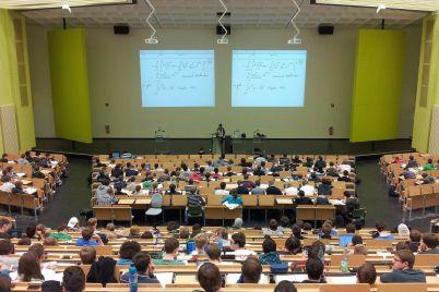 university-105709_1920.jpg